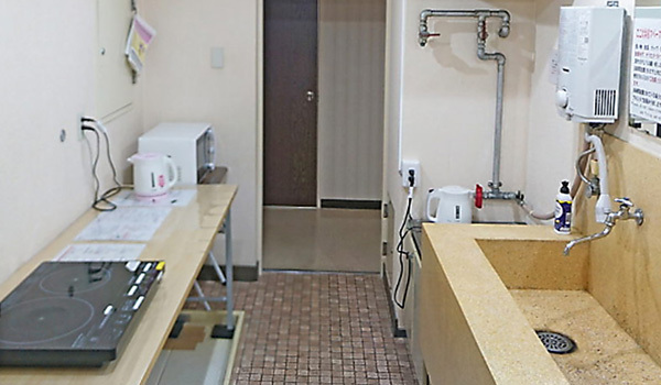 女性専用フロアーのキッチンスペース:新潟の格安ウィークリー・マンスリーマンション:パンション駅南